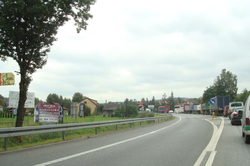 Бесконечные пробки и населенные пункты