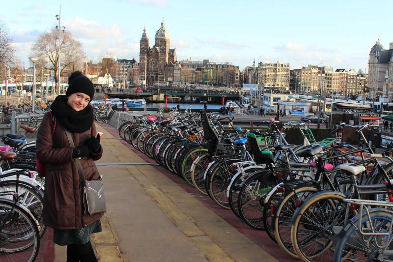 Вика в Амстере :)
