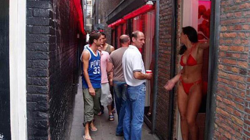 Фото проституток амстердама красных фонарей