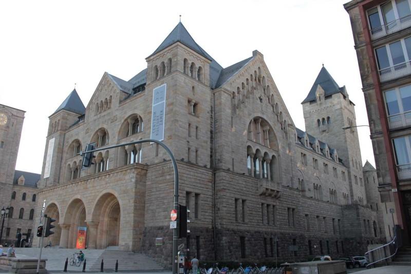 Замок Познань