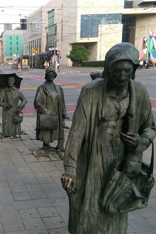 Памятник подпольщикам