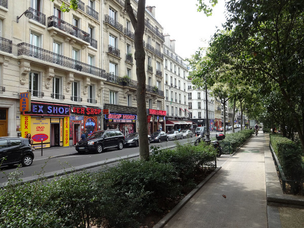 Улица секс-шопов
