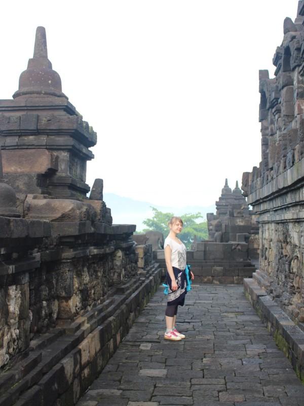 Проходы в храме